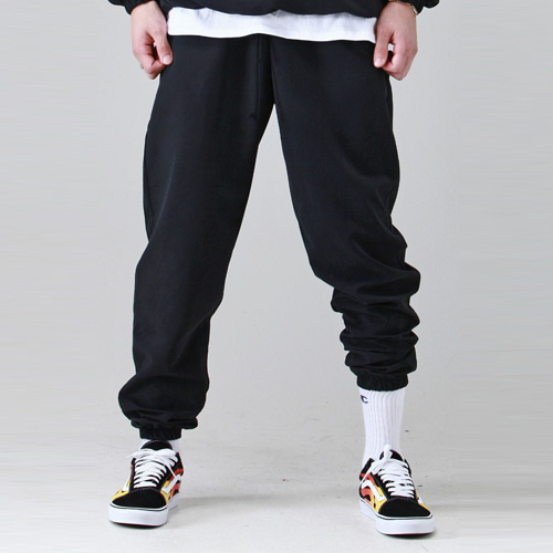 [테이크이지] BRUSHED WINDCHEATER JOGGER (BLACK)