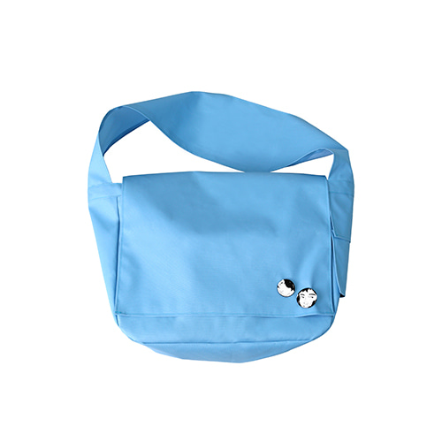 [아조바이아조]Plain Messenger Bag [Sky Blue]