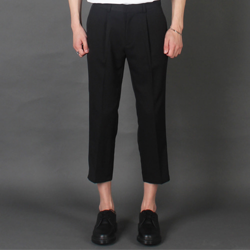 [테이크이지]CROP TAPERED SLACKS
