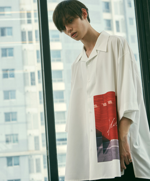 [에드]GRAPHIC OVERSIZED OPEN COLLAR SHIRTS WHITE