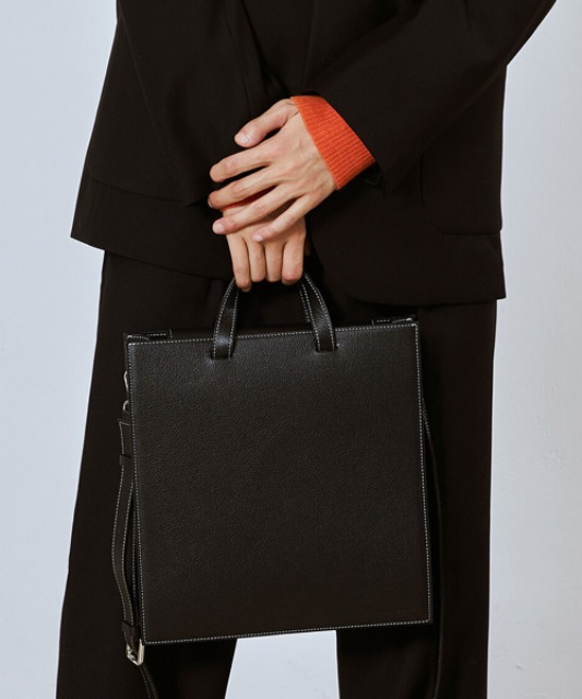 [밈더워드로브] SQUARE Stitch Leather Cross Tote Bag